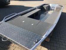 Aluminium-Boote Brema 400 F